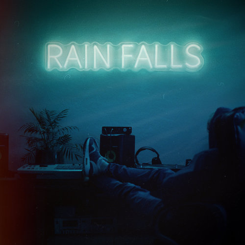 Medium_rain_falls_benaddict