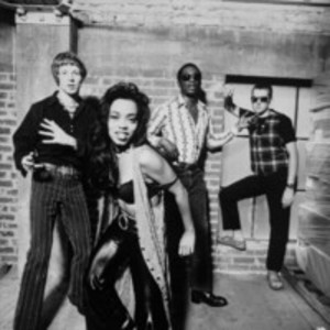 Square_the_brand_new_heavies