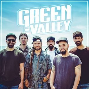Square_green_valley